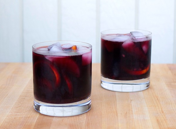 burnt-sage-blackberry-sangria