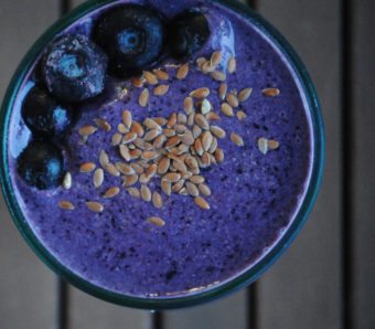 Blueberry-Flax Smoothie