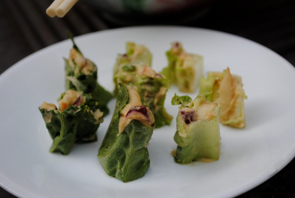 hummus lettuce wrap